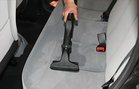 How to compact hard-to-clean areas in the car